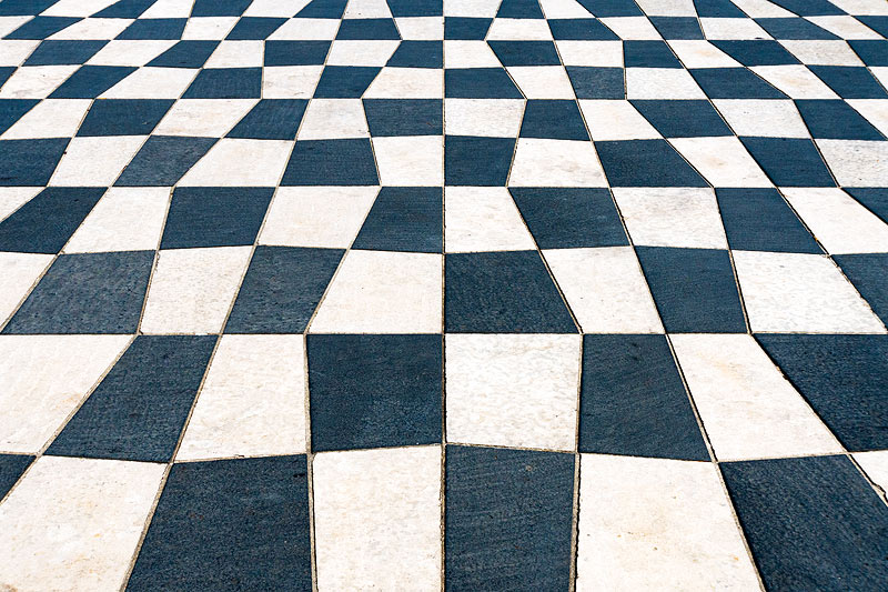 Tiled Plaza, Nice
