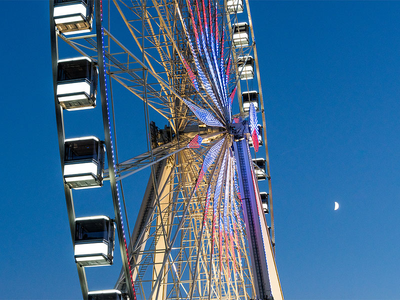 Roue de Paris with Moon